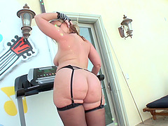 Dee Siren in glasses,gives blowjob before her anal is ripped doggystyle
