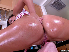 Kelsi Monroe gives a blowjob and gets her asshole fucked deep