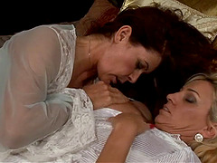 What else do you need if not this hot lesbians sex clip