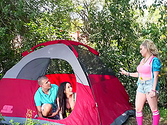 Mesmeric blonde gets bonked in the woods during the camping