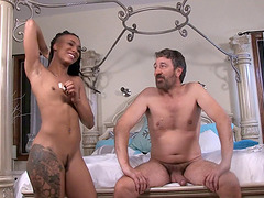 Leigh Raven and her porn friends have fun after shooting movies
