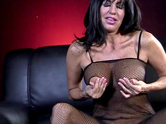 Tara Holiday shows us her wet clit and starts toying it