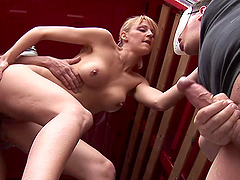 Hot Sarah Rose got fucked in the ass while suck