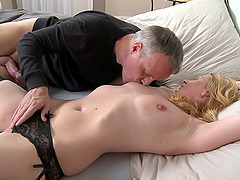 Smooth blowjob makes his dick hard for Monika Mishel to ride